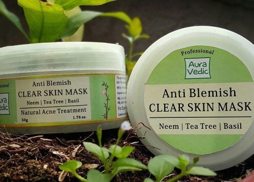 Auravedic-anti-blemish-face-mask-2